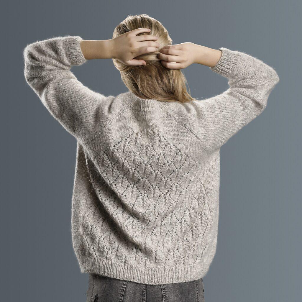 Lotus sweater, ryg 1800