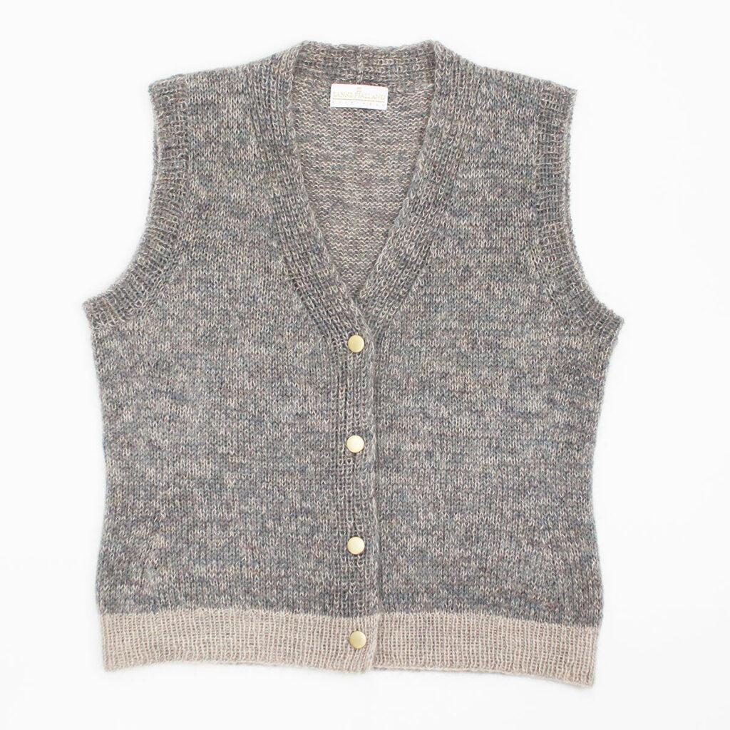 Spring-vest-flatlay-0